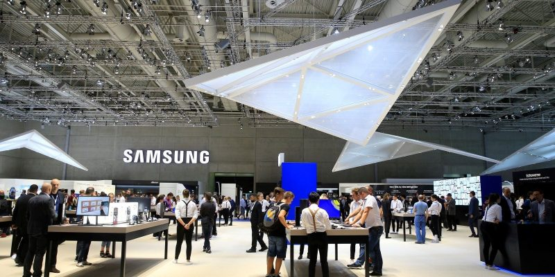 BERLIN, GERMANY - AUGUST 31:  Samsung stand is seen as people visit the International Consumer Electronics Fair (Internationale Funkausstellung Berlin, IFA) in Berlin, Germany on August 31, 2018.  (Photo by Abdulhamid Hosbas/Anadolu Agency/Getty Images)